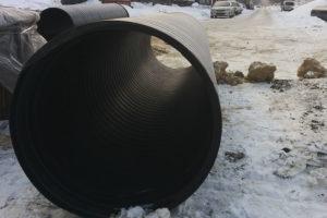 Перекладка канализационного коллектора в Чугуеве по ул Кожедуба. Фото 4